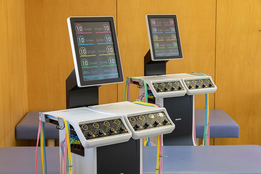 低周波治療組合せ理学療法機器